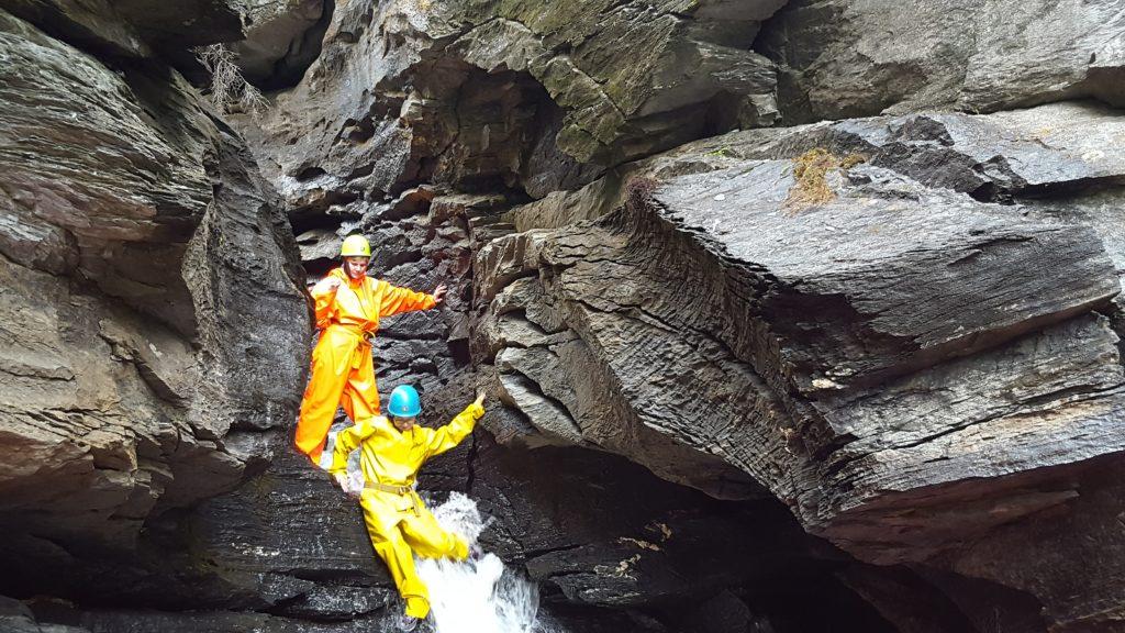 Grotte- og juvtur på Mokk