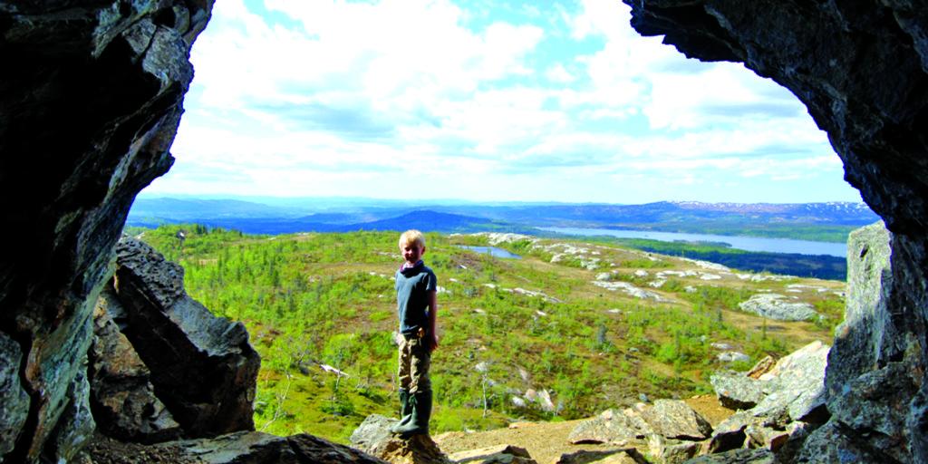 Gruveåpning med utsikt over Skjækra