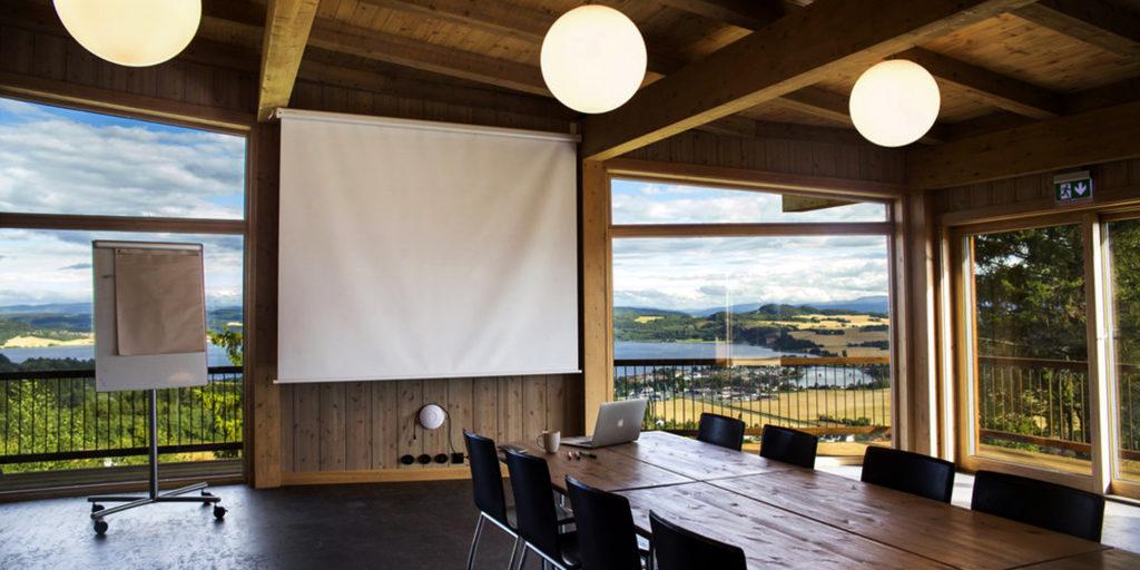 Øyna - nye møterommet med panoramautsikt Foto: Renate Brønstad